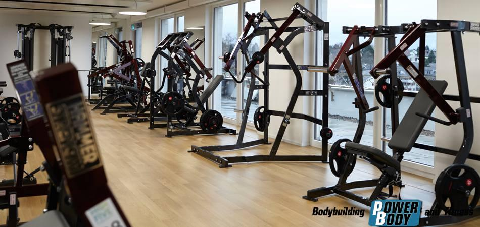 Gym-Hammer-Strength-Plate-Loaded-Highfive-Wallisellen