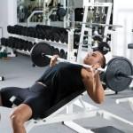 Жим штанги лежа на наклонной скамье — качаем грудные мышцы